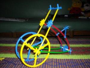 Model sepeda jaman dulu (tampak samping)