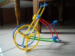 Model sepeda jaman dulu.