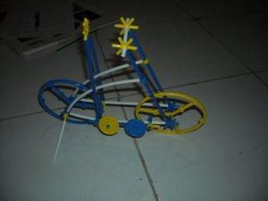 tada!!!! ini bentuknya sepeda. miripkan??